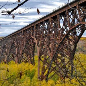 Thu mua phế liệu sắt thép cầu đường giá cao